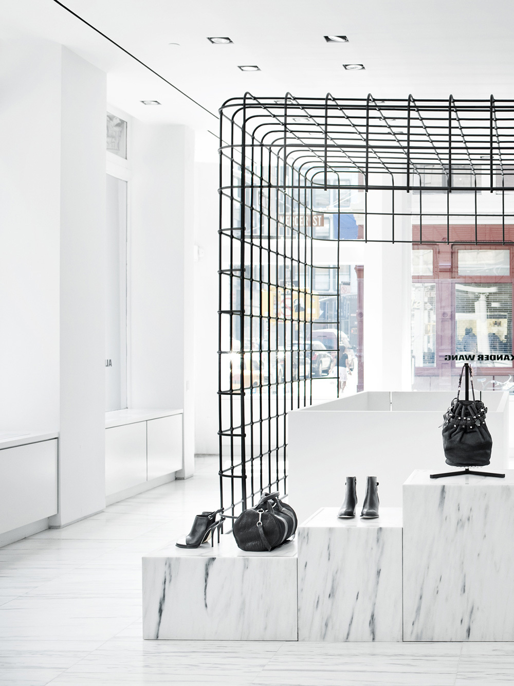 Case Study  Alexander Wang  Retail Cage Left